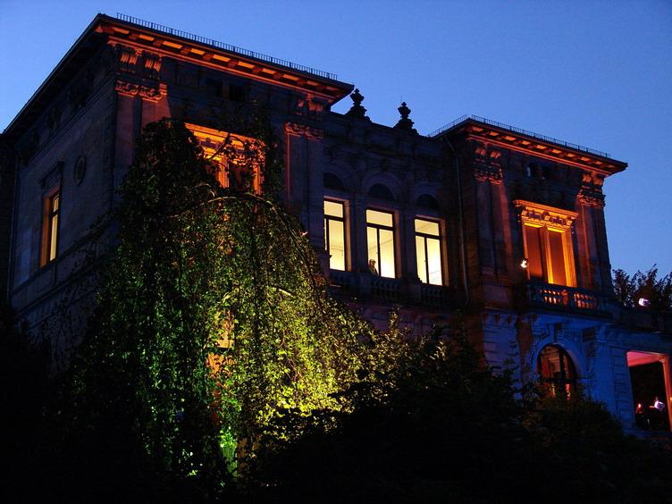 2006_Villa bei Nacht_07