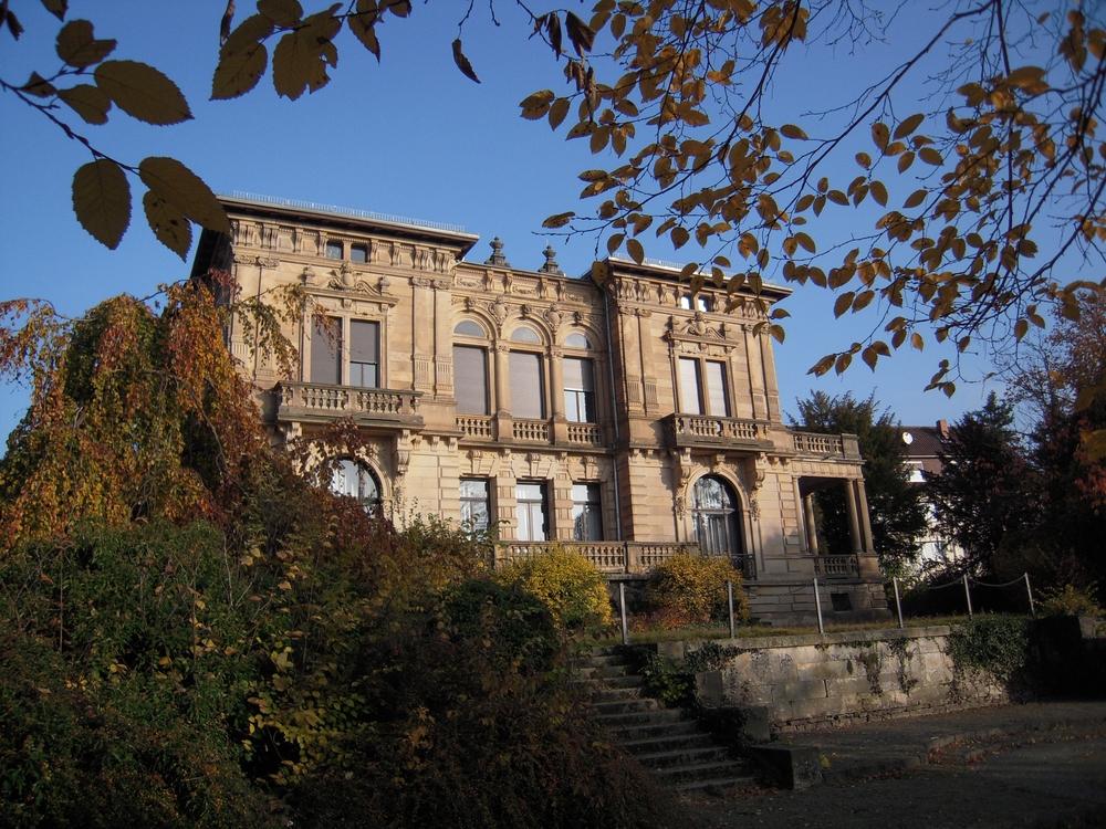 2010_Villa Rückseite